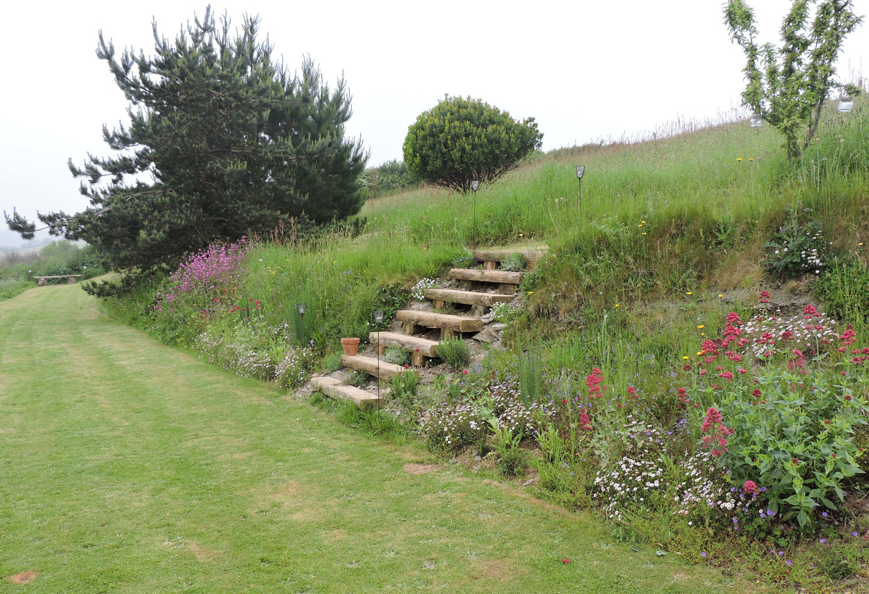 Lucy Conochie Garden Design