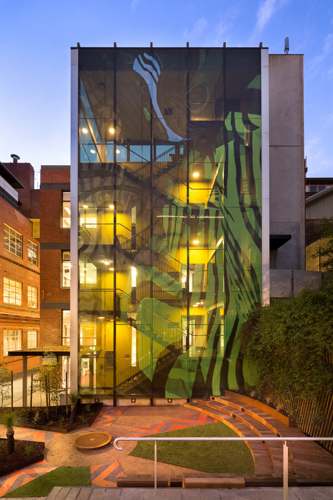 Rmit ngarara place greenaway architects for University of melbourne landscape architecture